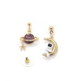 astronaut-in-space-earrings-purple-6a