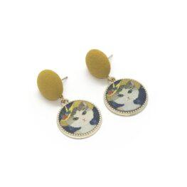 cat-in-a-hat-vintage-inspired-earrings-1