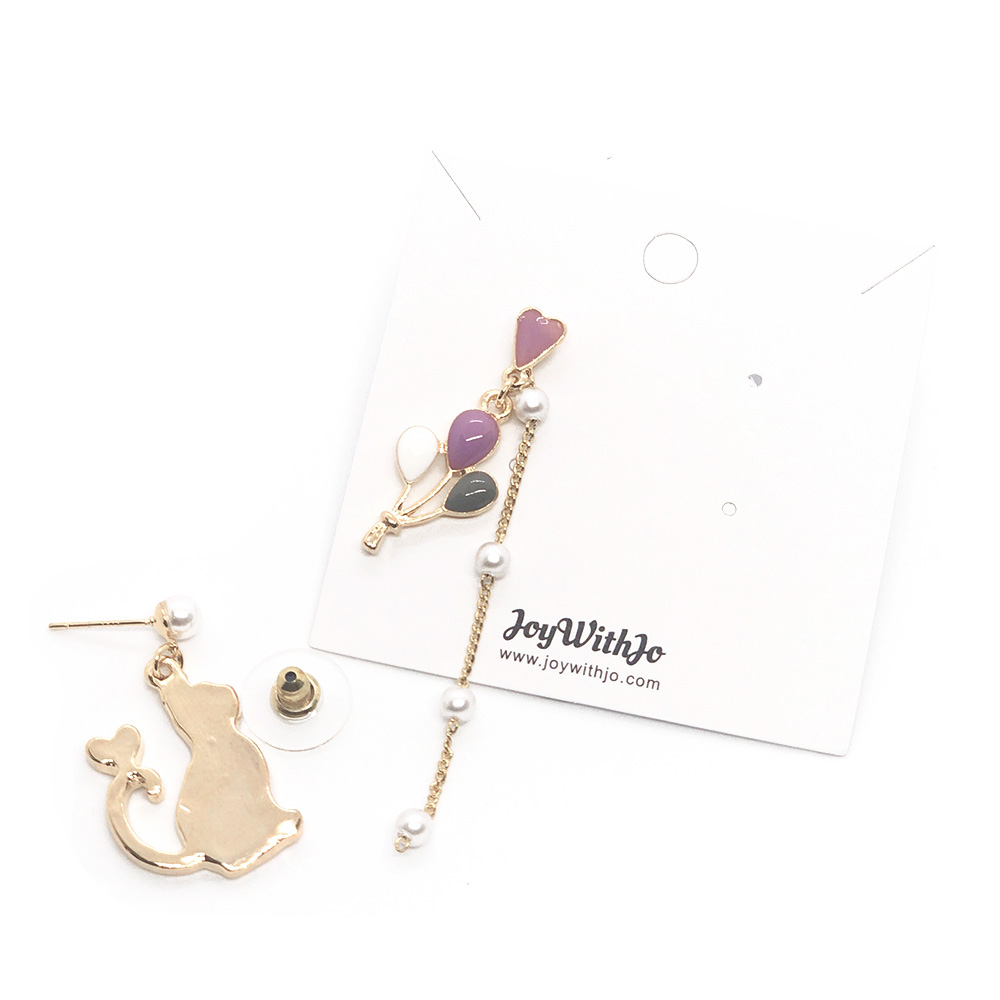 the-cat-and-balloons-earrings-6a