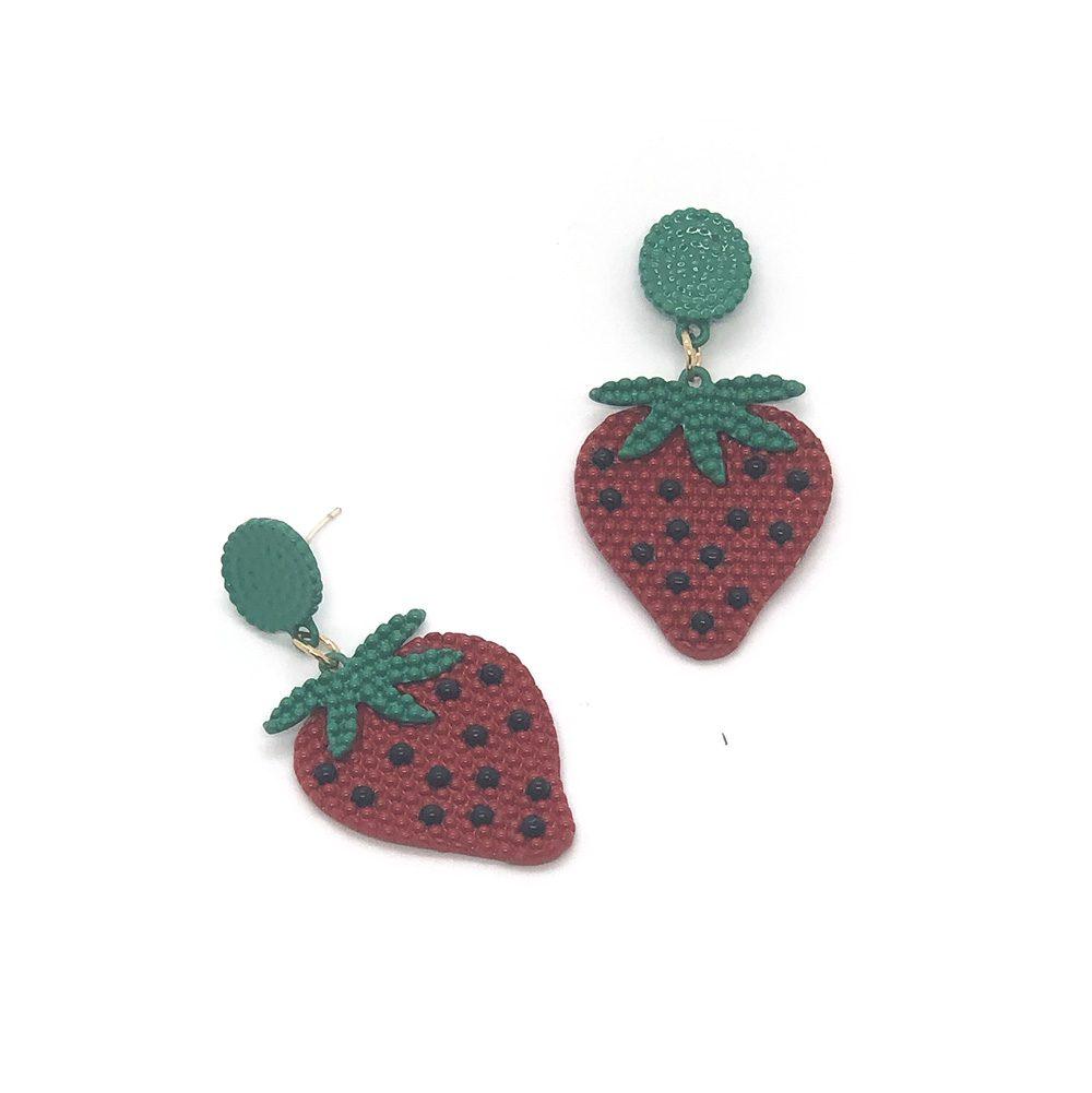 merry-strawberry-earrings-1