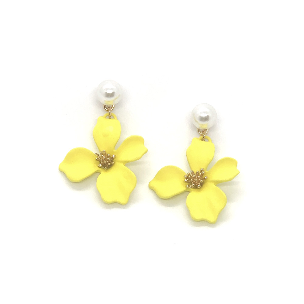 pretty-in-yellow-floral-earrings