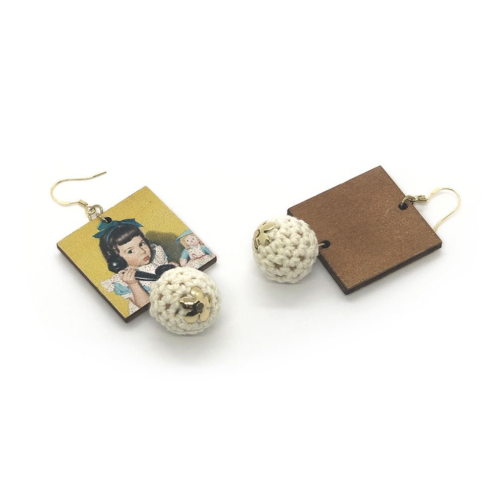 ring-ring-1950s-vintage-style-earrings-2