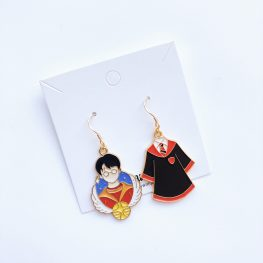 harry-potter-gryffindor-hogwarts-earrings-1