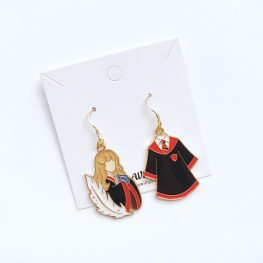 hermione-granger-harry-potter-gryffindor-hogwarts-earrings-1