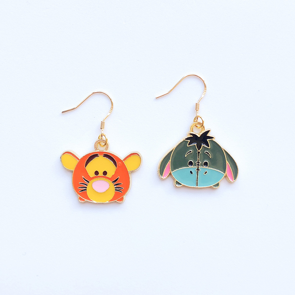 tigger-and-eeyore-earrings-1a