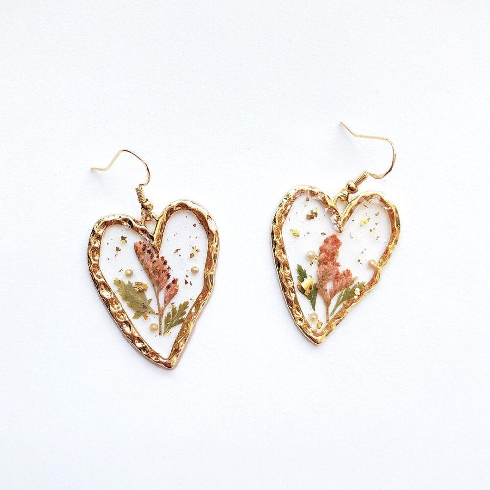 always-in-my-heart-dried-flowers-earrings-2