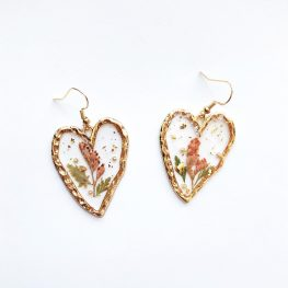 always-in-my-heart-dried-flowers-earrings-2