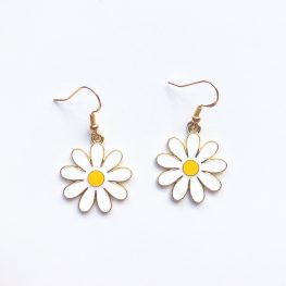 cute-daisy-drop-earrings-1