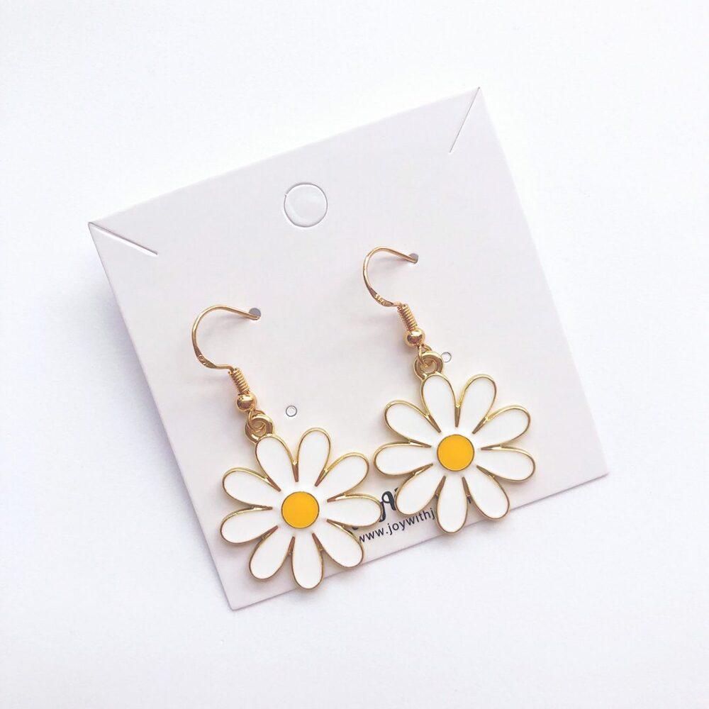cute-daisy-drop-earrings-2