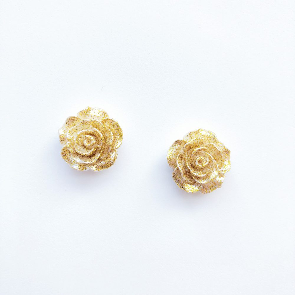 vintage-inspired-gold-glitter-earrings-1