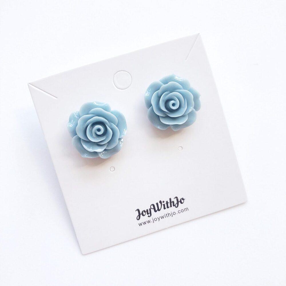 vintage-inspired-light-blue-earrings-2