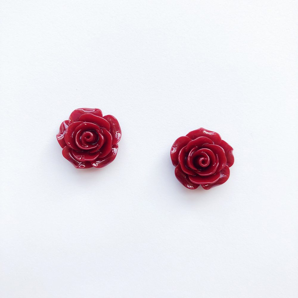 vintage-inspired-wine-red-earrings-1