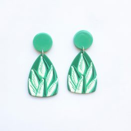 aloe-vera-green-earrings-1a