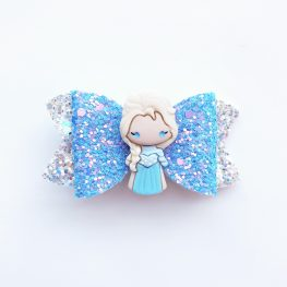 frozen-elsa-in-blue-girls-hair-bow-1