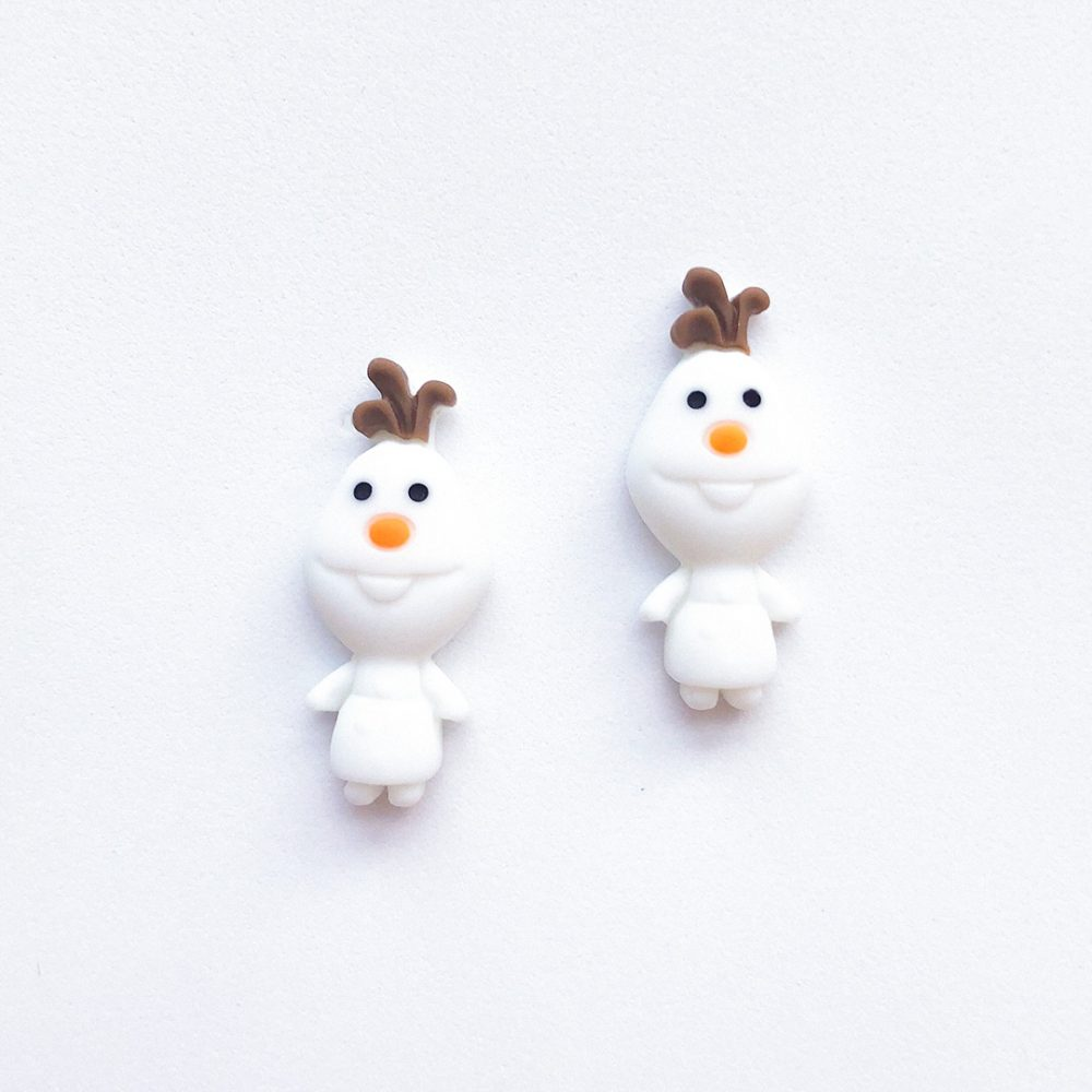 frozen-olaf-cute-stud-earrings-1b