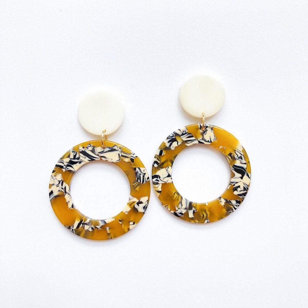 go-for-it-dangle-earrings-1c