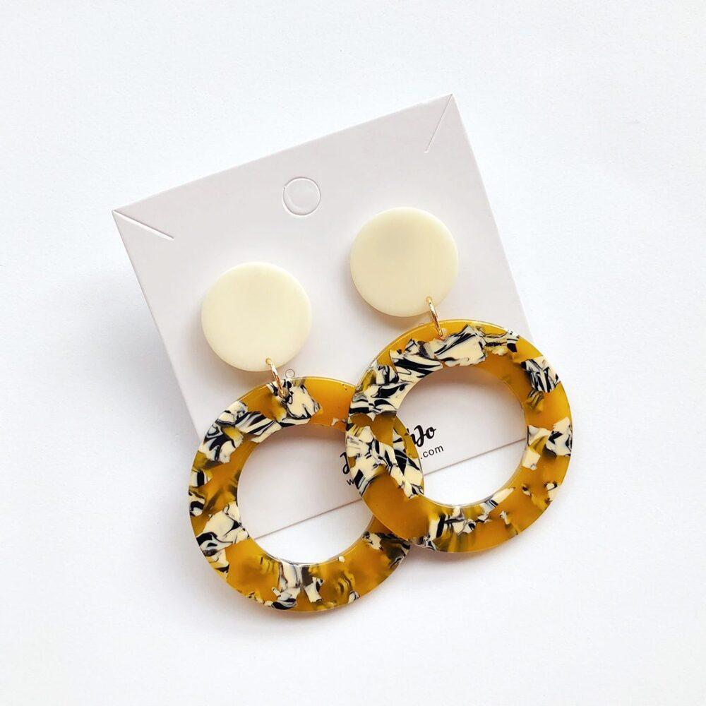 go-for-it-dangle-earrings-2a