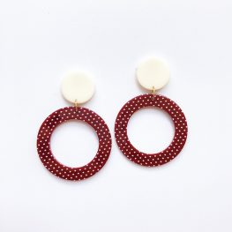vintage-inspired-polka-dot-dangle-earrings-1