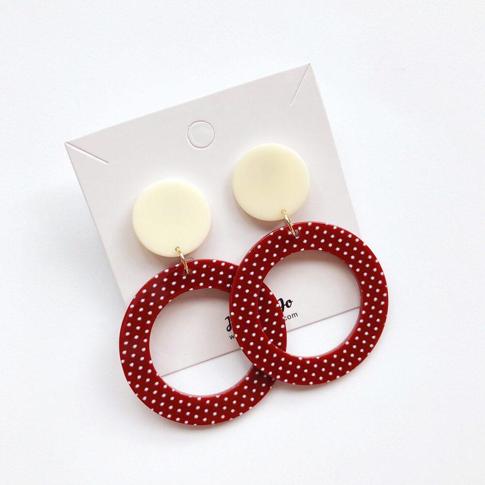 vintage-inspired-polka-dot-dangle-earrings-2