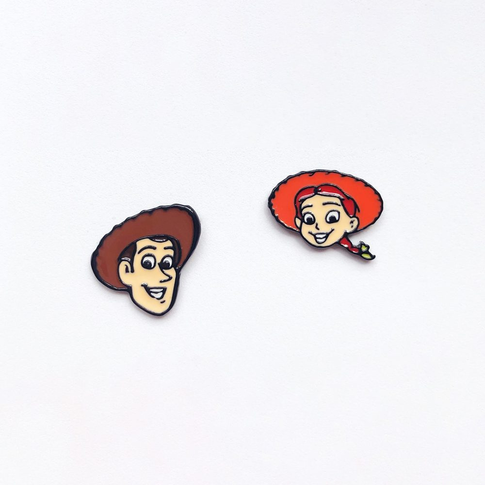 woody-and-jess-cute-stud-earrings-1a