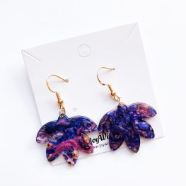 a-leaf-of-faith-dangle-earrings-purple-2a