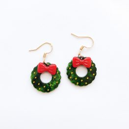 cute-christmas-wreath-earrings-1