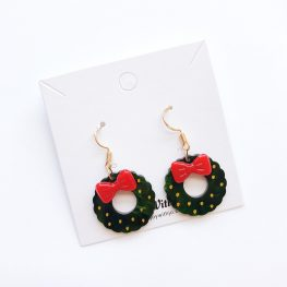 cute-christmas-wreath-earrings-2