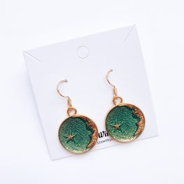 reach-for-the-stars-earrings-green-1a