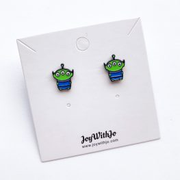 cute-toy-story-alien-stud-earrings-1a