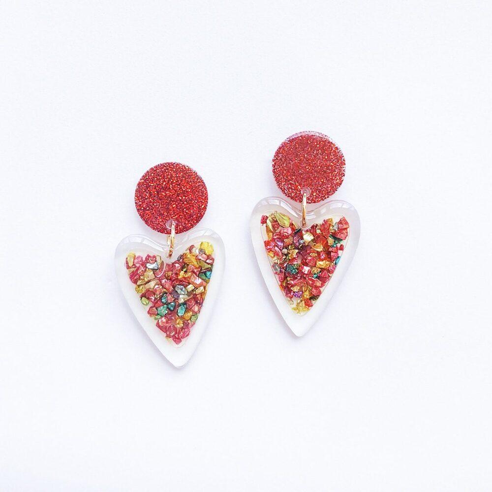 love-is-in-the-air-glitter-heart-earrings-1