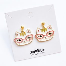 pawsitively-purrfect-cat-earrings-2a