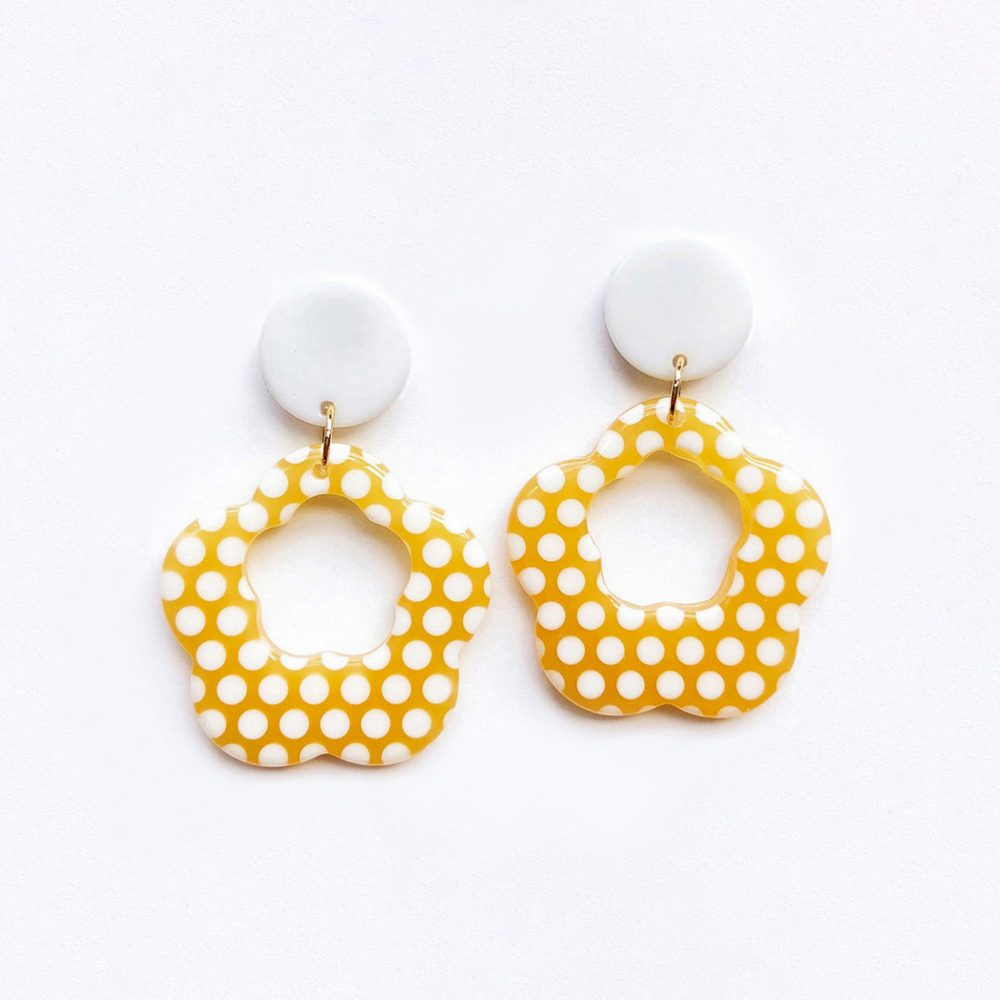 dotty-about-dots-polka-dot-earrings-brown-1c