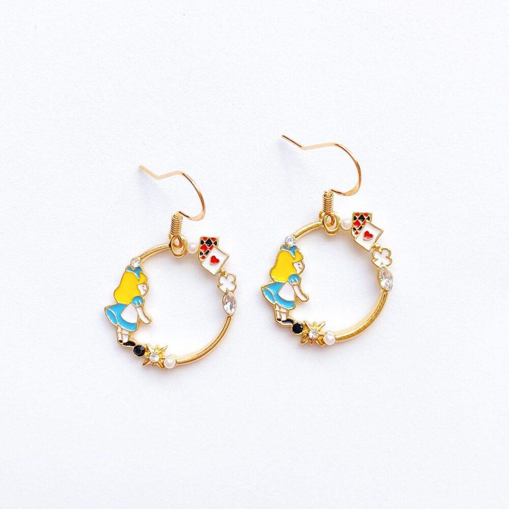 little-alice-in-wonderland-earrings-1