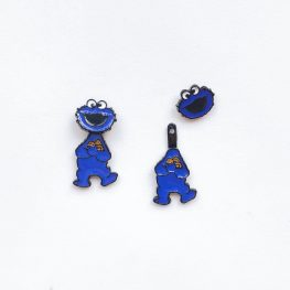 2-way-cookie-monster-studs-earrings-2