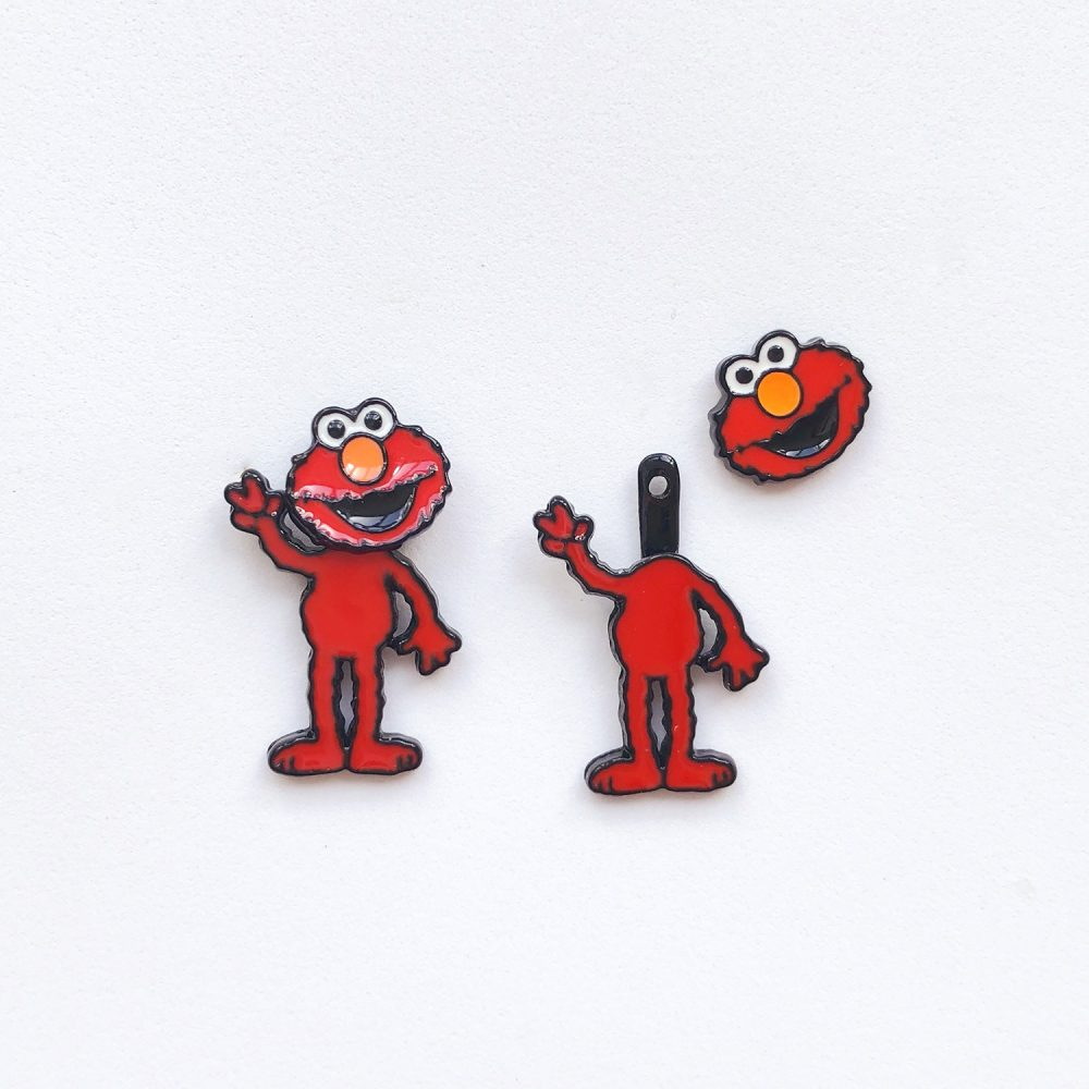 2-way-elmo-studs-earrings-1