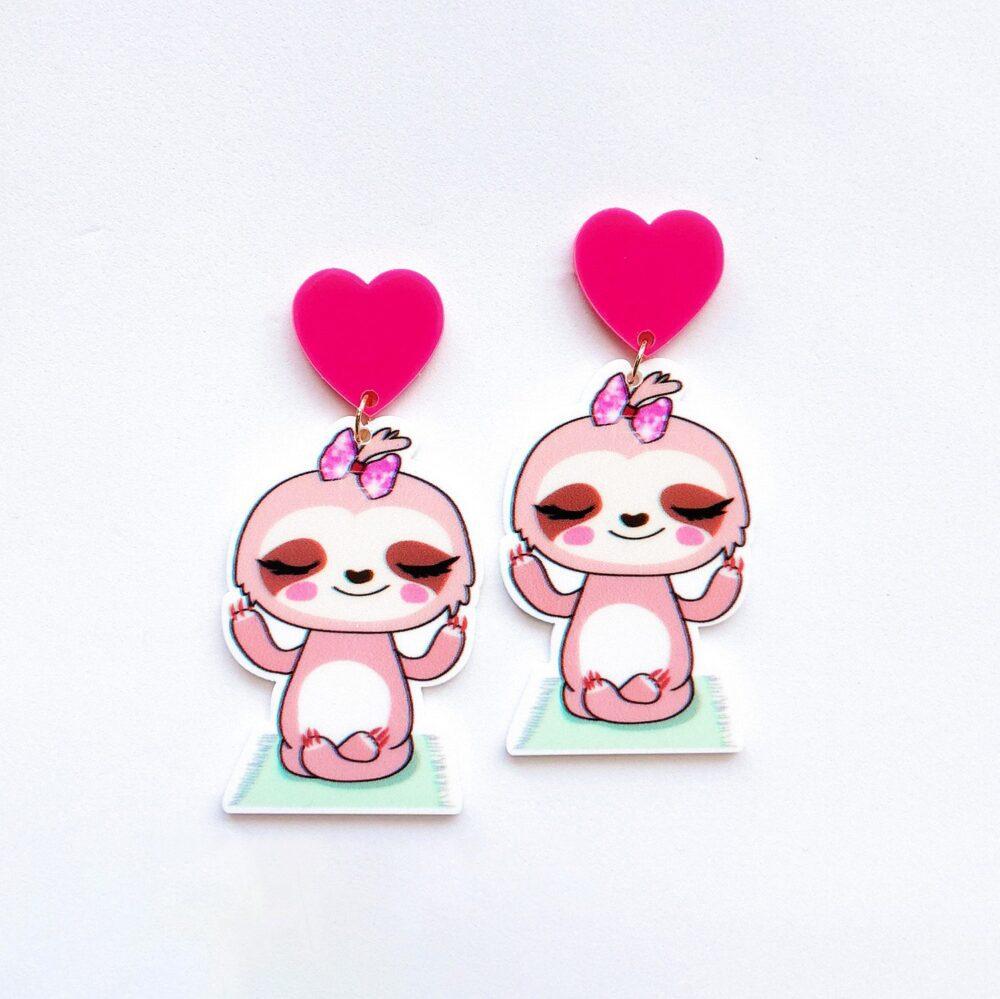 susie-the-cute-sloth-earrings-1