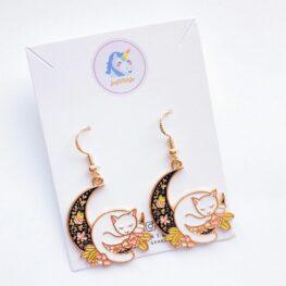 dream-a-little-dream-cat-earrings-enamel-earrings-1