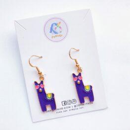looking-llamazing-llama-earrings-enamel-earrings-animal-earrings-1