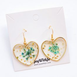 magical-moments-love-heart-earrings-blue-1