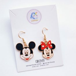 minnie-and-mickey-mouse-earrings-2