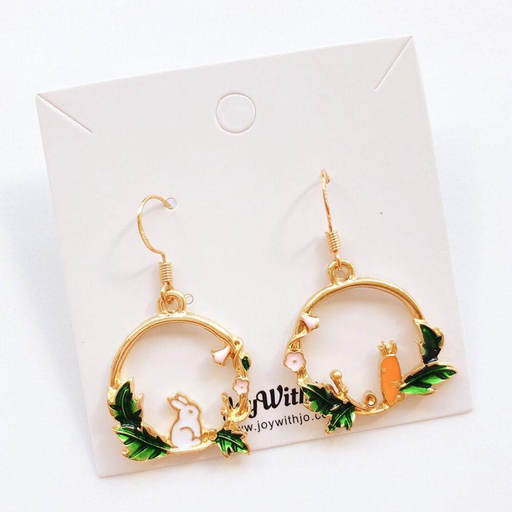 rabbit-and-carrot-earrings-1