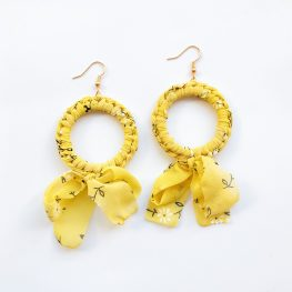 ring-of-flowers-statement-earrings-yellow-1a