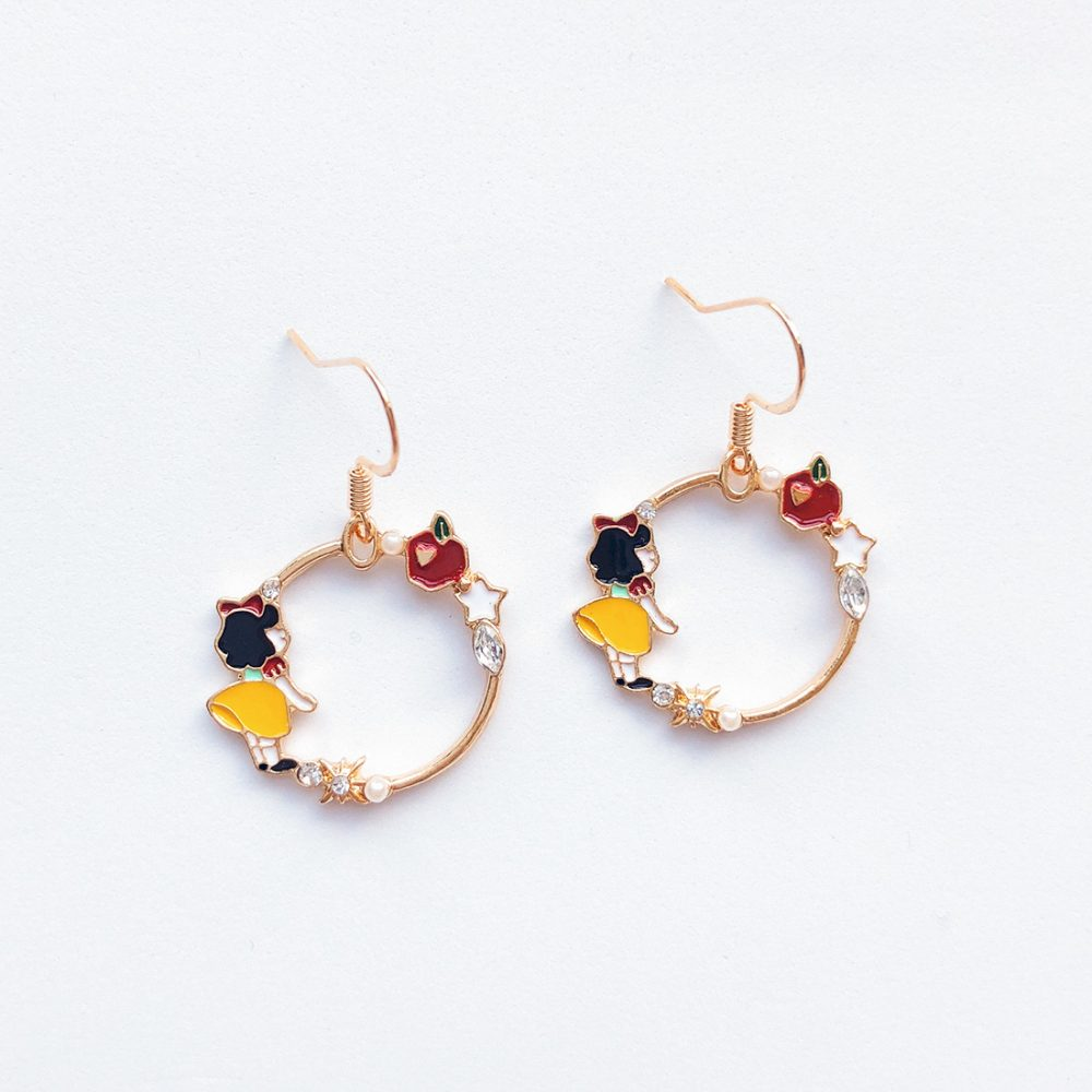 snow-white-earrings-disney-earrings-enamel-earrings-1