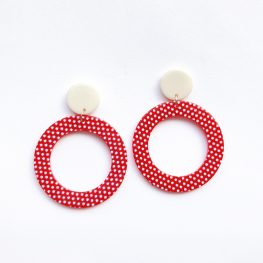vintage-inspired-red-polka-dot-earrings-1a