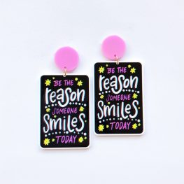 be-the-reason-someone-smiles-inspirational-earrings-1