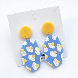 dainty-daisy-earrings-1