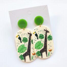 nature-lover-giraffe-earrings-1