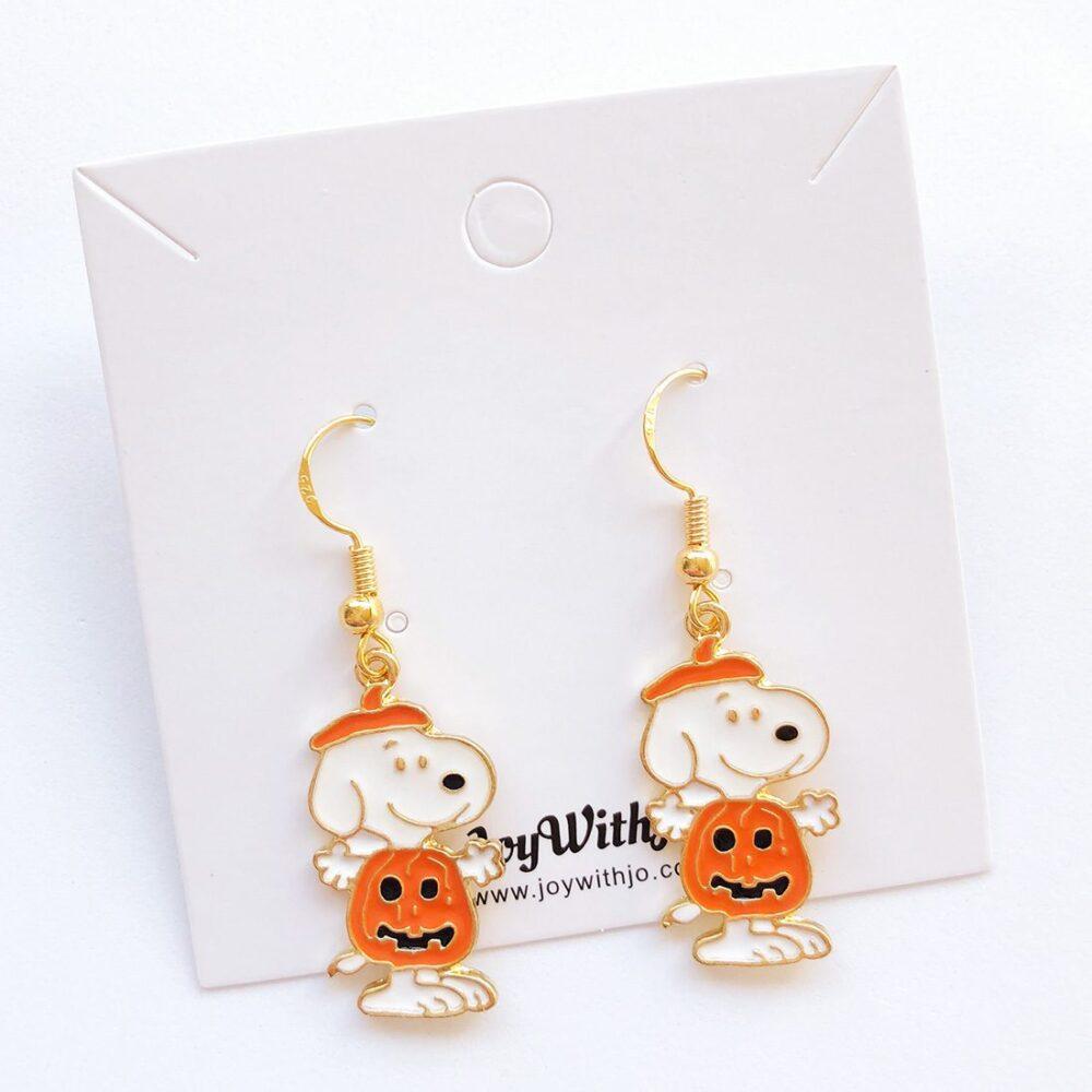 cute-halloween-snoopy-earrings-1