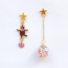 enjoy-the-little-things-mismatched-earrings-1