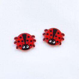 cute-ladybird-ladybug-stud-earrings-1a